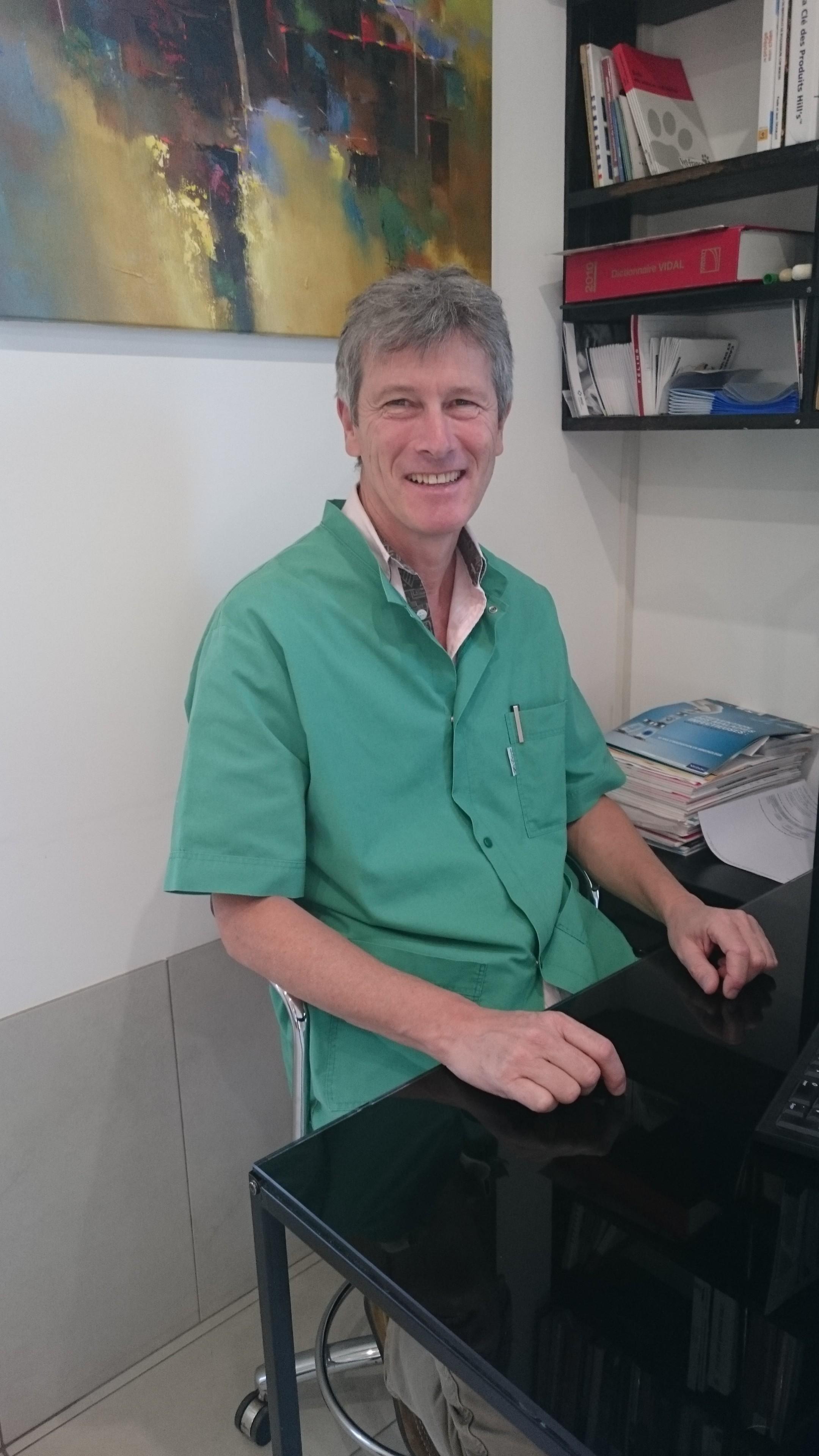 Dr. Ronco Michel